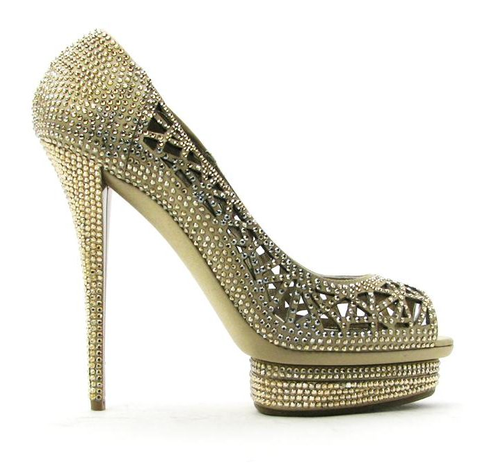 Heels of the Day : Le Silla Platform Pumps