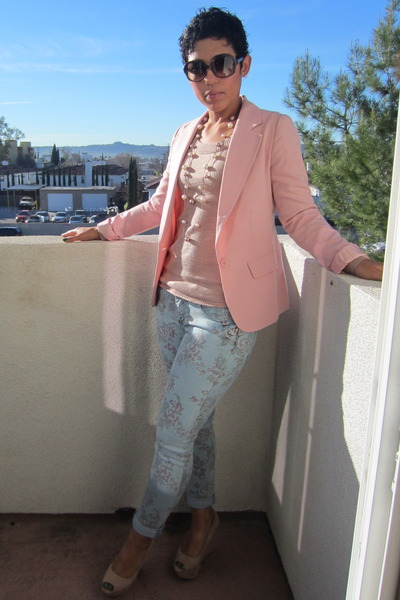 Pink Socialite Fashion Icon : Mimi Goodwin
