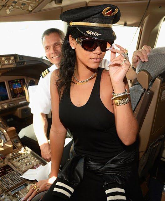Great Finds: Rihanna's Burberry Shades