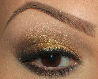 Weekend Beauty Look: Gold Eyes